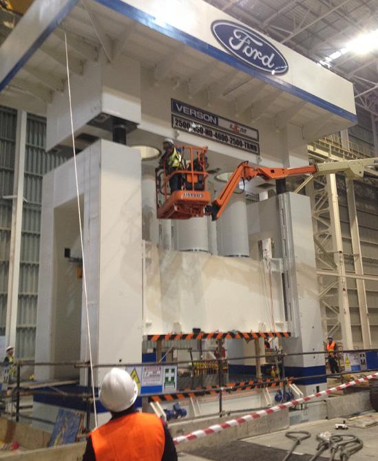 ติดตั้งเครื่อง Hydraulic press 2500 tons